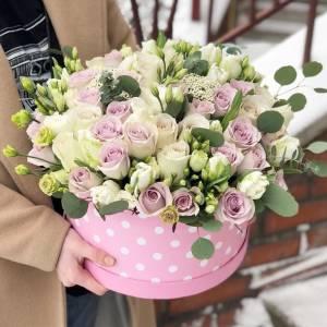 Сборные цветы в коробке R506