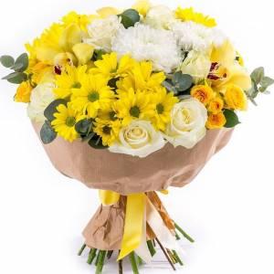 Сборный букет с желтыми розами R686